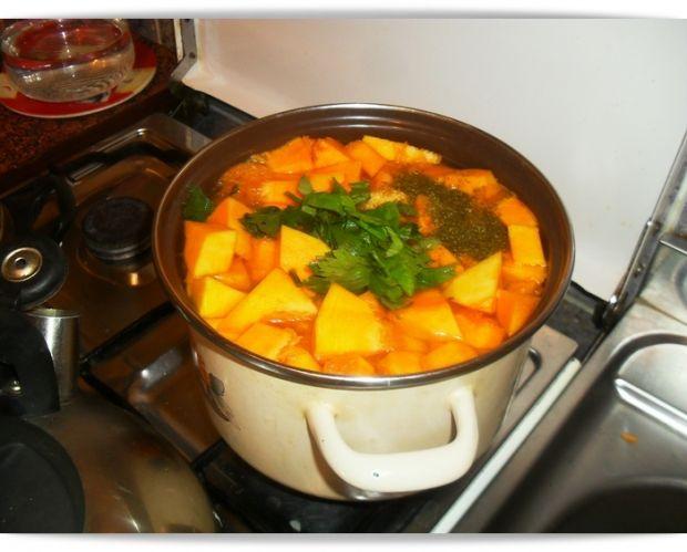 Zupa krem z dynią hokkaido
