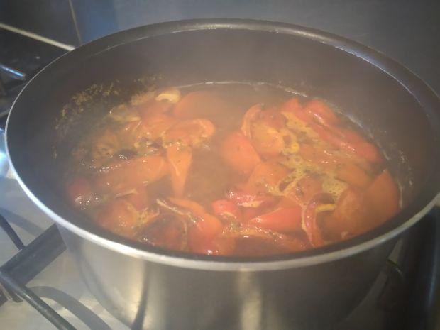 Zupa krem z pieczonych pomidorów z papryką