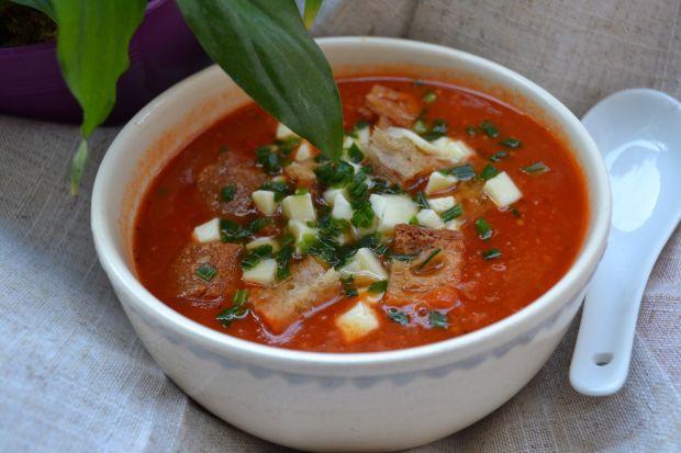 Zupa krem z pomidorów z grzankami