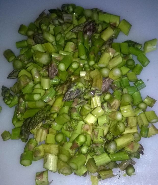 Zupa krem z zielonych szparagów i kalafiora