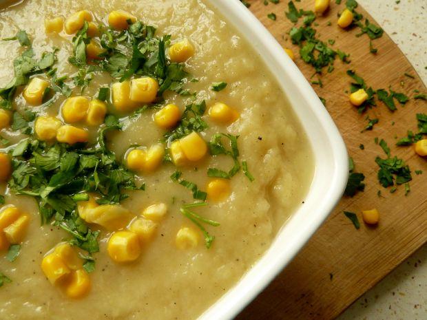 Zupa krem ze szparagów i pora z kukurydzą