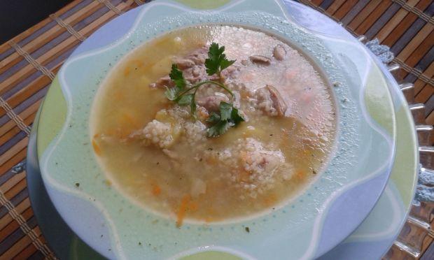 Zupa krupnik na mięsie indyczym