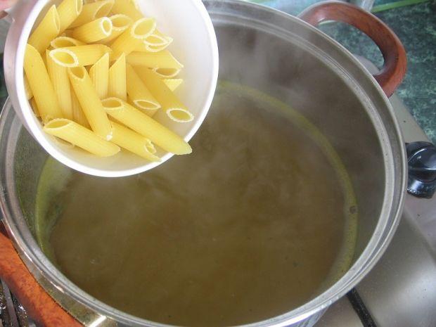 Zupa makaronowa z serem