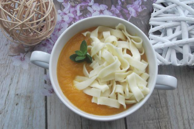 Zupa marchewkowo-dyniowa