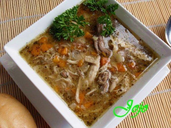 Zupa miesna a la flaczki.