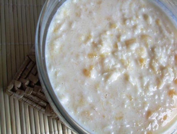 Zupa mleczna z dynią i płatkami ryzowymi