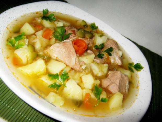 Zupa na mięsie