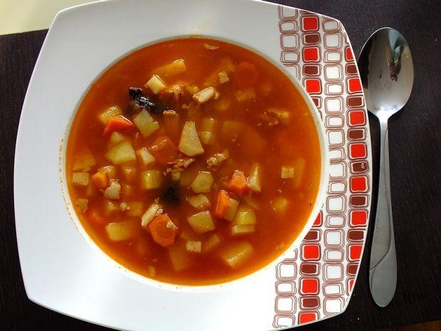 Zupa ogonowa z warzywami