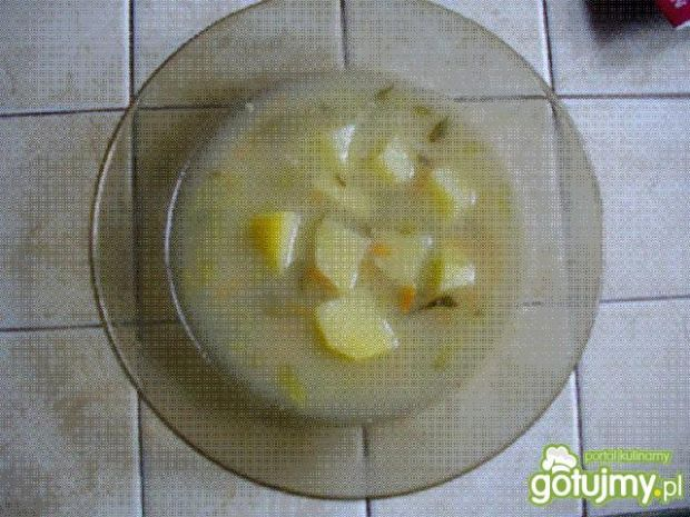 zupa ogórkowa