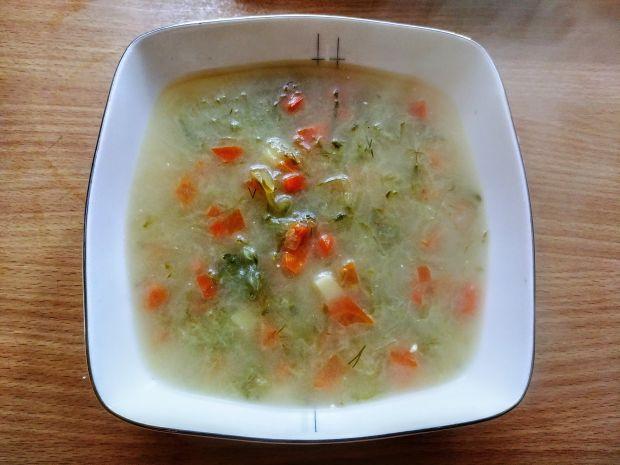 Zupa ogórkowo - koperkowa