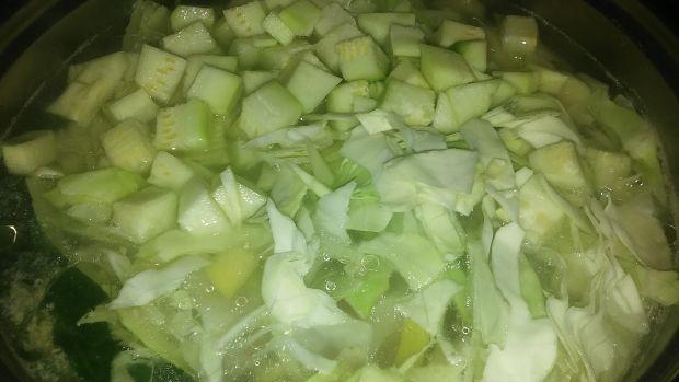 Zupa pełna warzyw
