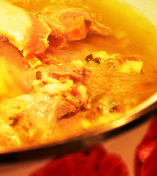 Zupa pieczarkowa na golonce