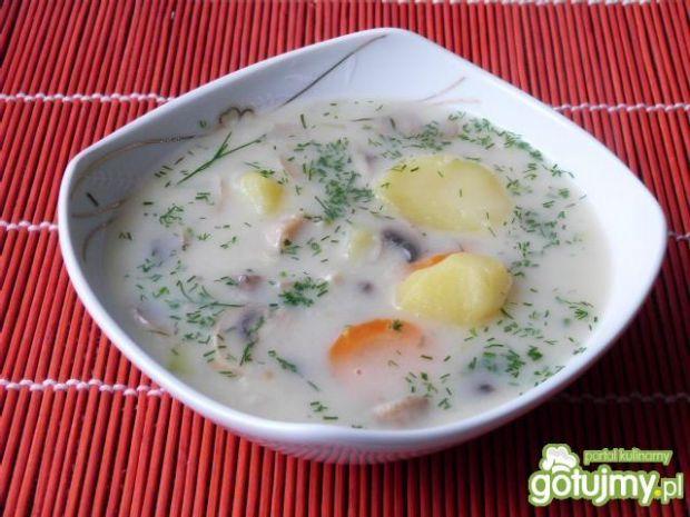 Zupa pieczarkowa z koperkiem