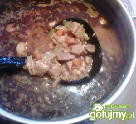 Zupa pikantna z papryką