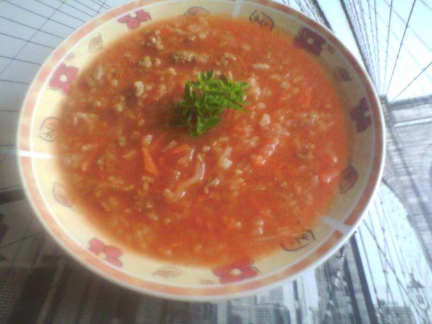 Zupa pomidorowa - gołąbkowa
