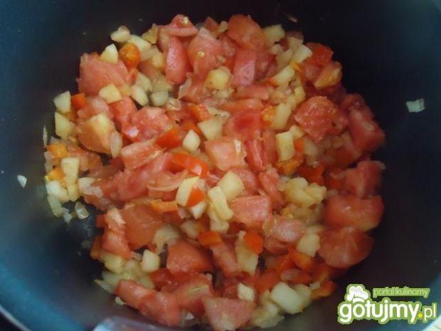 Zupa pomidorowa z jabłkiem