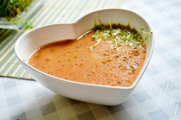 Zupa pomidorowa z kaszą manny