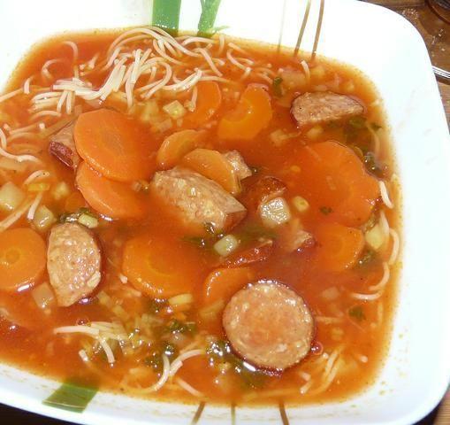 Zupa pomidorowa z kiełbasą