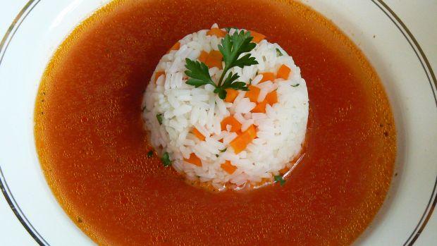 Zupa pomidorowa z wędzonym kurczakiem