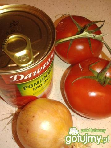 Zupa pomidorowa z zasmażanych pomidorów