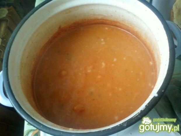 Zupa pomidorowa zabielana