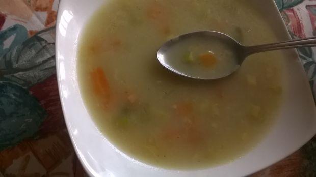 Zupa porowa z kaszą jęczmienną