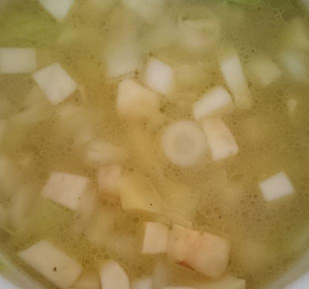 Zupa prowansalska - selerowa