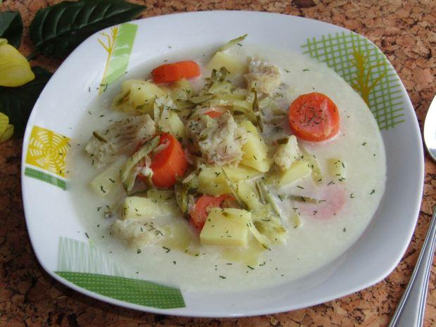 Zupa rybno- ogórkowa z ziemniakami