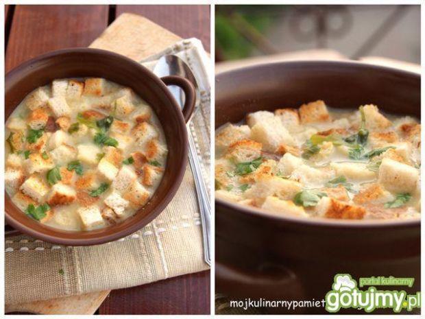 Zupa serowo-ziemniaczana