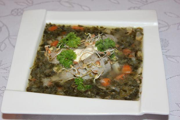 Zupa szczawiowa z białą kiełbasą