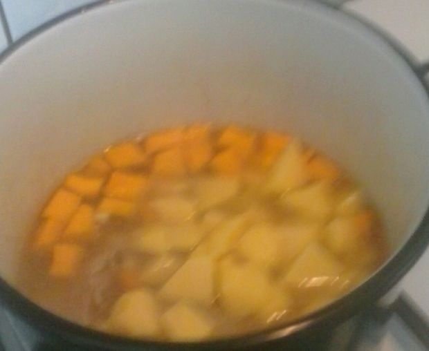 Zupa szczawiowa z dynią