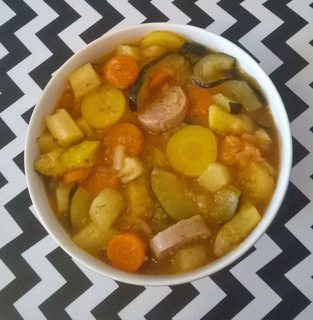 Zupa szparagowo - cukiniowa z białą kiełbaską