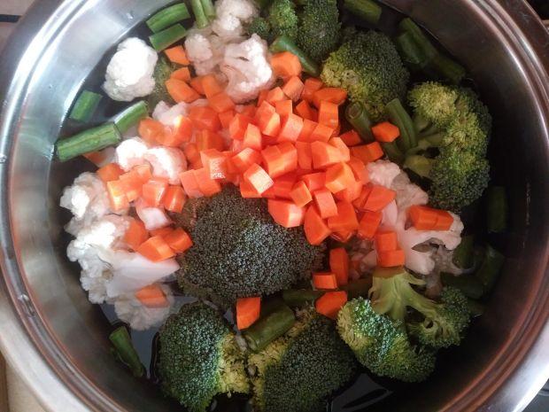 Zupa warzywna z pulpecikami