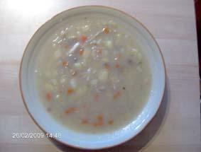 Zupa z białej kapusty