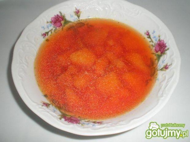 Zupa z buraczkiem na szybko