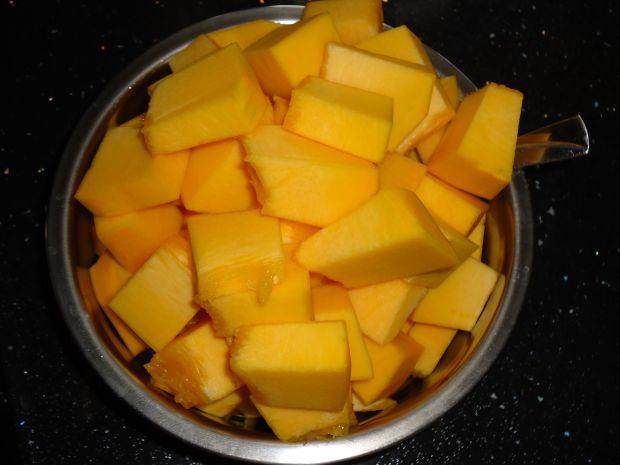 Zupa z dyni i aromatycznym imbirem