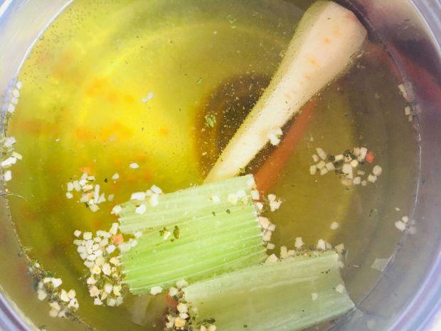 Zupa z fasolą szparagową i amarantusem