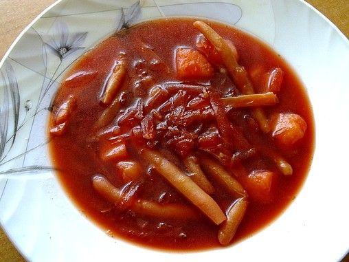 Zupa z gotowanych buraczków