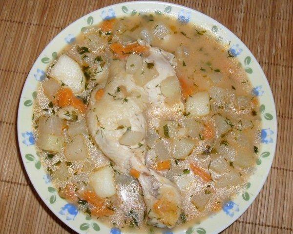 Zupa z kalarepki.