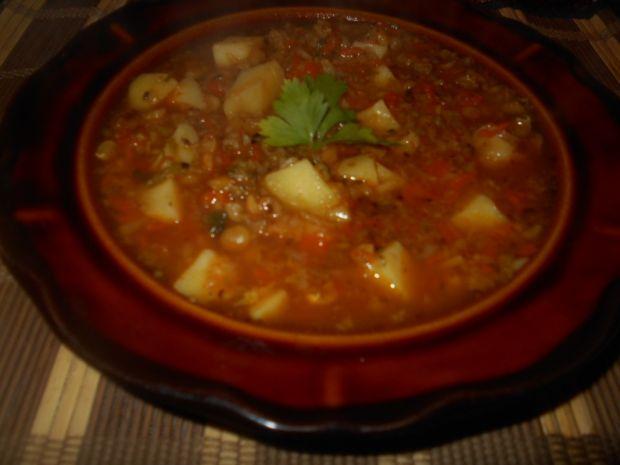 Zupa z kapustą i grochem