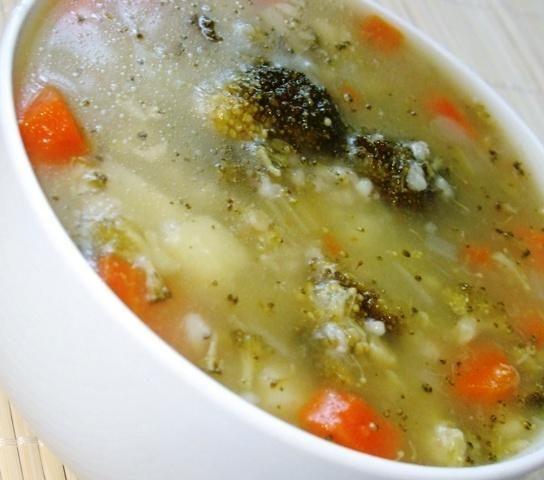 Zupa z kasza i brokułem