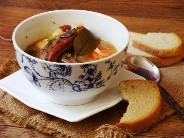 Zupa z kiszona kapustą
