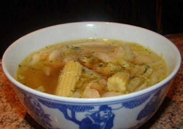 Zupa z krewetkami koktajlowymi Królika
