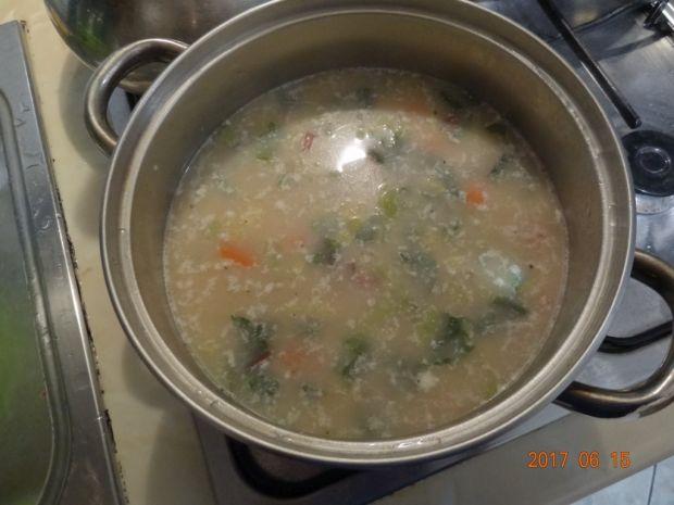 Zupa z młodą kapustą