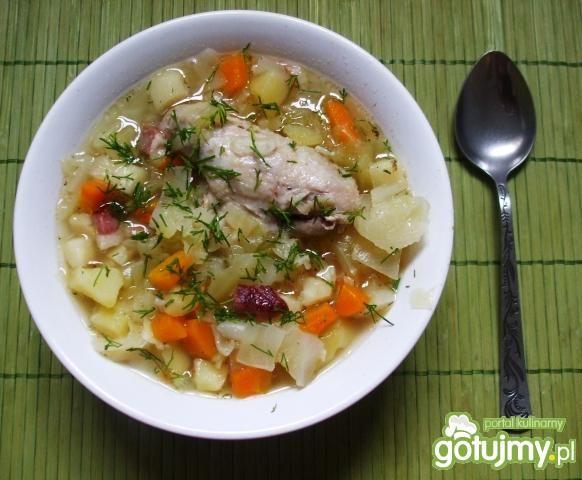 Zupa z młodej kapusty z boczkiem