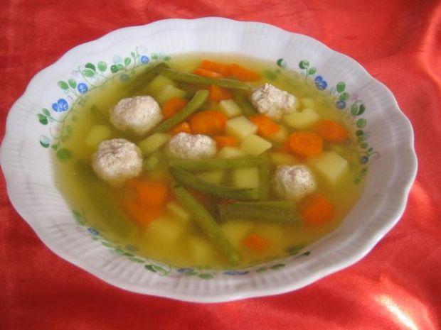 Zupa z pulpecikami