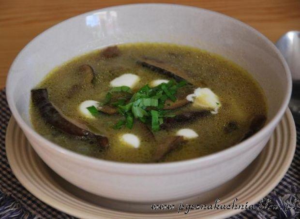 Zupa z świeżych grzybów leśnych