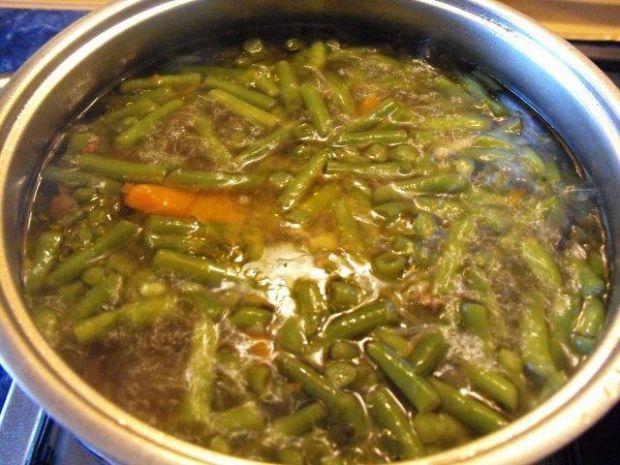 Zupa z zielonej fasolki na kwaśno....