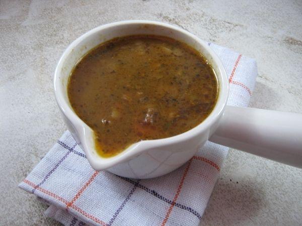 Zupa z zielonej soczewicy z mięsem mielonym