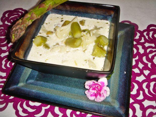 Zupa z zielonych szparagów i kalafiora
